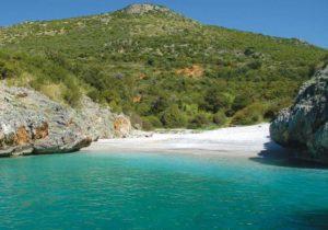 La spiaggia più bella d'Italia - Cala bianca